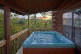 Private Hot Tub 2 Bedroom Cabin Sleeps 6