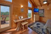 Cabin with 2 queen bedrooms and 2 private baths