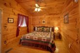 2 Bedroom Cabin with 2 Private Queen Bedrooms