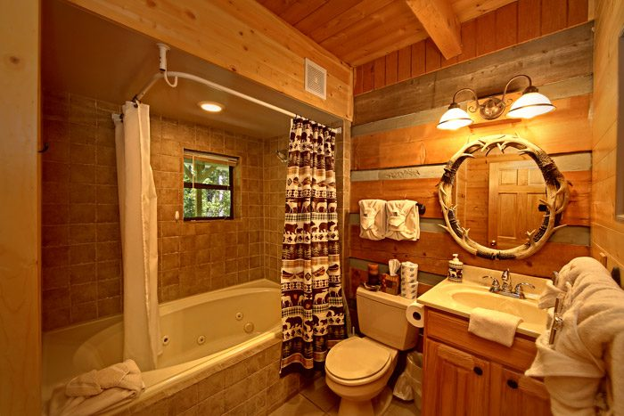 Cabin with Shower/Tub Combo - Honeysuckle Cottage