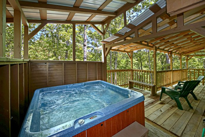Cabin with Covered Hot Tub - Honeysuckle Cottage