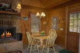 Secluded 2 Bedroom Cabin with Dining Table for 4