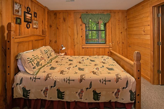 Gatlinburg Cabin Sleep 8, 3 Bedroom - Hunting Hollow Haven