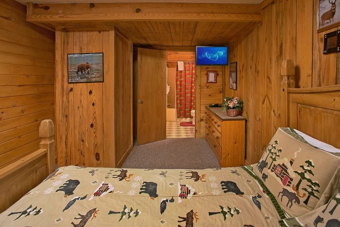 Smoky Mountain Cabin 3 Bedroom - Hunting Hollow Haven