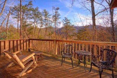 Kayla's Hideaway: 1 Bedroom Sevierville Cabin Rental