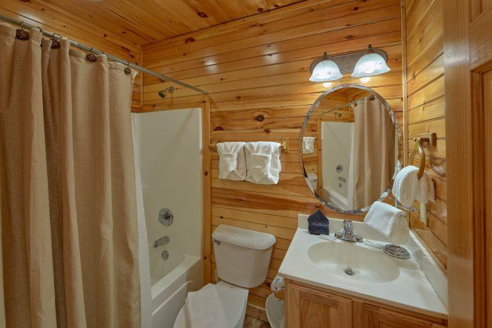 2 Bedroom Gatlinburg Cabin with Media Room - I Love View