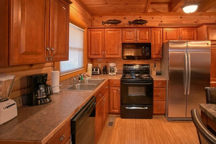 8 Bedroom Cain Sleeps 28 with Equipped Kitchen - Indoor Pool Lodge
