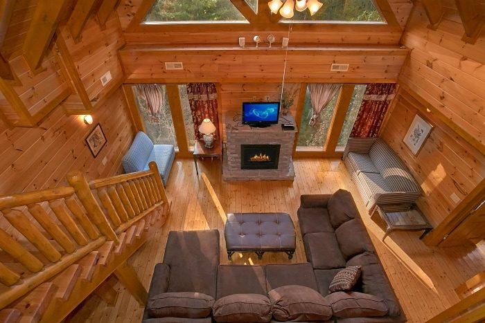 8 Bedroom Cabin Sleeps 28 in Black Bear Resort - Indoor Pool Lodge