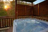 8 Bedroom Sleeps 28 with Hot Tub