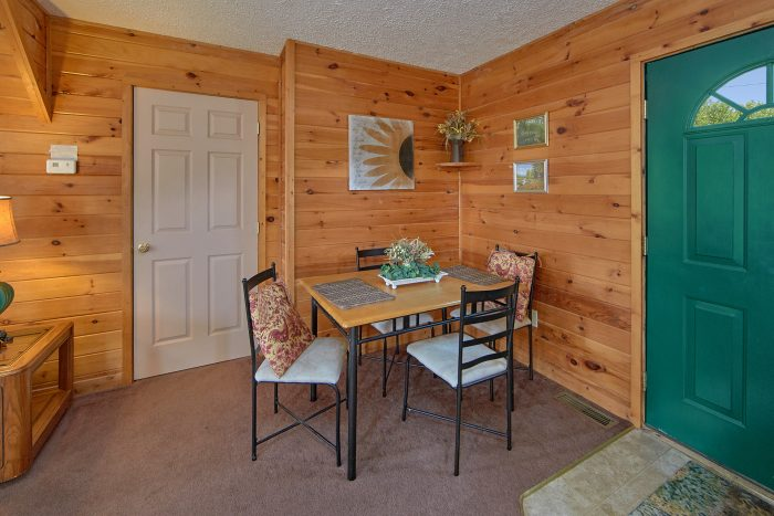 Comfortable 2 Bedroom Cabin On The Lake - Ivey's Cove