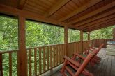 1 Bedroom Cabin Sleeps 6 with Rocking Chairs