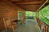 Gatlinburg Cabin with Relaxing Deck