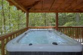 Wears Valley cabin with a hot tub