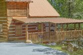 1 Bedroom cabin with a wooded mountain view