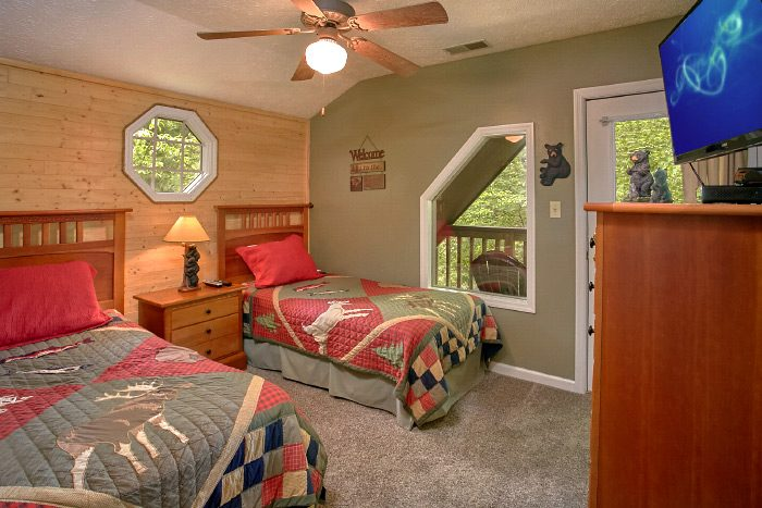 Luxury Cabin with 2 Twin Beds - Kickin Back