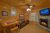 Cabin with 2 Fireplaces, Sleeper Sofa and Games