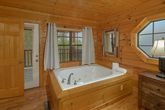 Smoky Mountain Cabin with Luxurious 4 Bedrooms