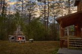 Spacious Luxury Honeymoon Cabin with Fire Pit