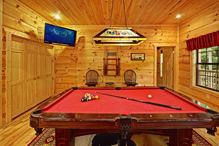 Game Room with Pool Table - Laurel Cove