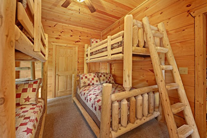 Cabin Bedroom with Bunk Beds - Laurel Cove