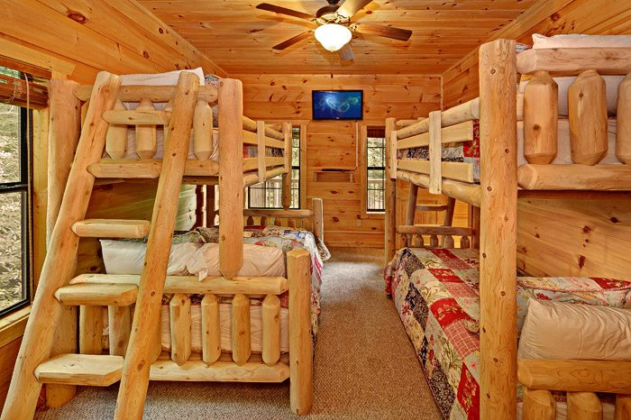 Second Bedroom with Bunk Beds - Laurel Cove