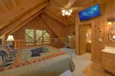 Spacious Honeymoon Cabin with Deck and Hot Tub