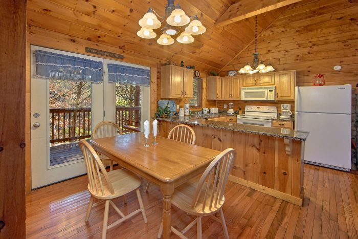 Cabin with Dining Seating for Five - Lil Cajun Cabin