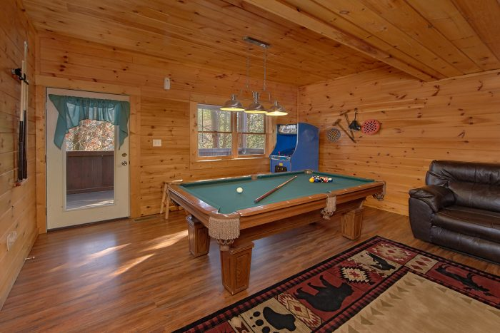 Cabin in Wooded Setting - Lil Cajun Cabin