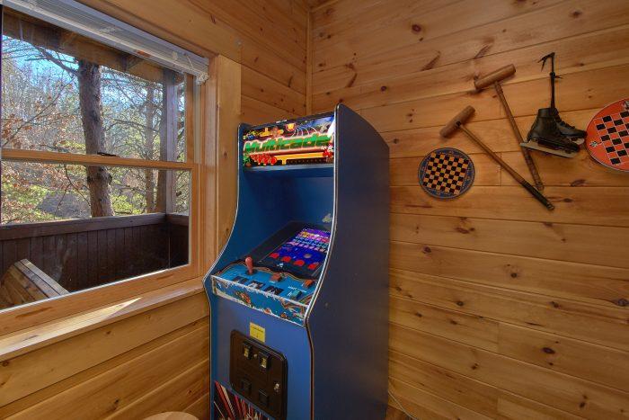 Cabin with Patio Furniture on Deck - Lil Cajun Cabin