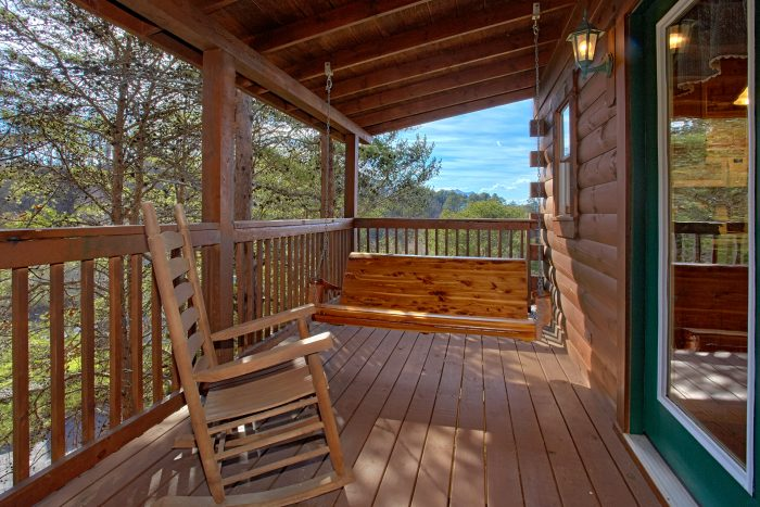 oversize 2 bedroom cabin with resort pool - Lil Cajun Cabin