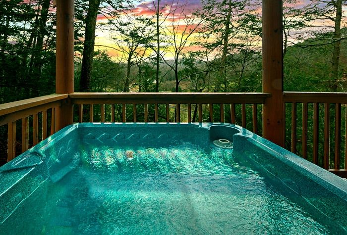 Hot Tub with Wooded Views - Little Cove Hideaway