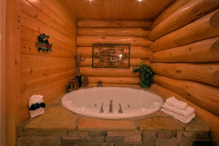 4 Bedroom Cabin that Sleeps 10 with King Beds - Lodge Mahal