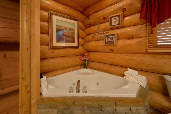 luxury smoky mountain bedroom lodge  cabins usa gatlinburg, Bedroom designs