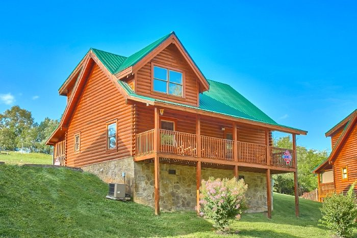 2 bedroom log cabin rental close to pigeon forge for Gatlinburg dollywood cabins