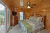 4 Bedroom Cabin with Bedrooms with TV's