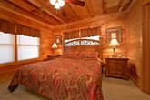 Premium 2 Bedroom Cabin with 2 King Beds