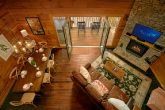 Luxury 2 Bedroom cabin with Loft and View
