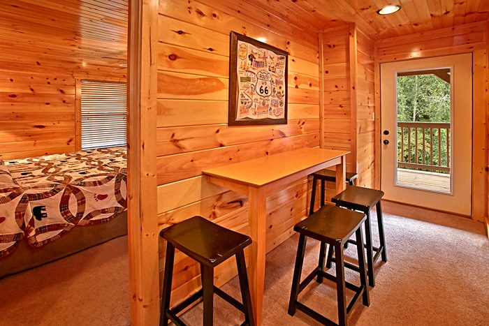 Pigeon Forge Cabin with Bottom Level - Made in the Shade