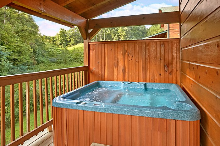 Cozy Hot Tub on Private Deck - Made in the Shade