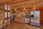 5 Bedroom Cabin with a Fully-Stocked Kitchen