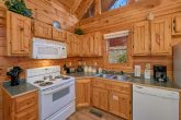2 Bedroom Cabin Sleeps 8 Fully Equipped Kitchen
