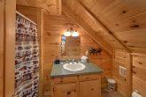 2 Bedroom 2 Full Bathroom Cabin Sleeps 8