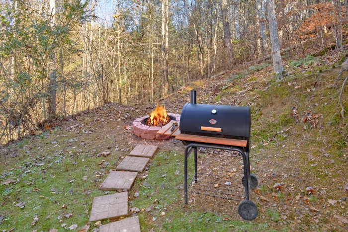 2 Bedroom Cabin with Fire Pit and Charcoal Grill - Making More Memories