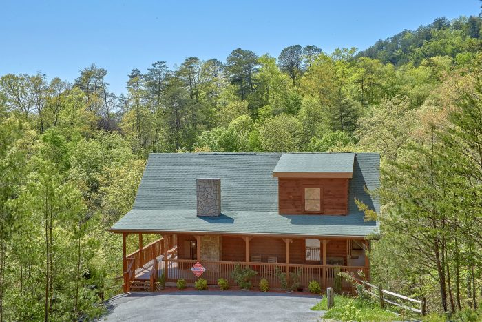 Private 3 Bedroom cabin with wooded view - Memory Maker