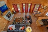 3 bedroom cabin with Sleeper sofa and fireplace
