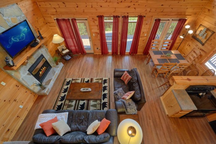 3 bedroom cabin with Sleeper sofa and fireplace - Memory Maker