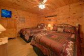 Premium 3 bedroom cabin with 2 King Beds