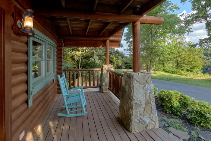 1 Bedroom Cabin near Pigeon Forge with Rockers - Merry Weather