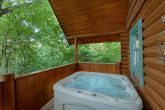 1 Bedroom Cabin with Hot Tub near Pigeon Forge