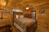 4 Bedroom Cabin Sleep 8 in Gatlinburg